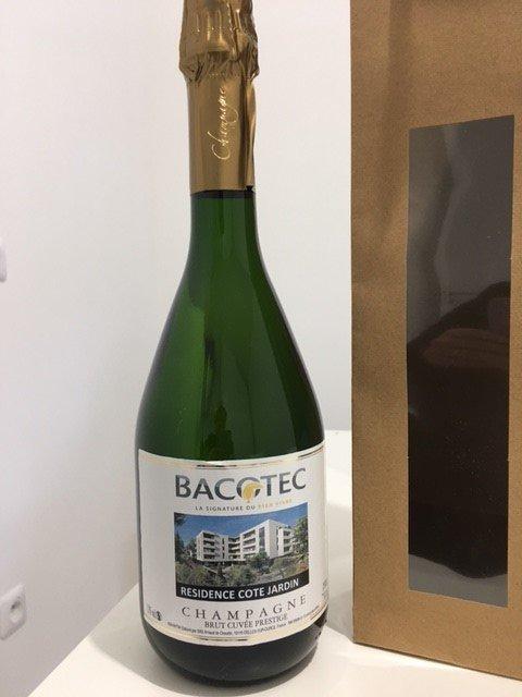 Bouteille de champagne Bacotec