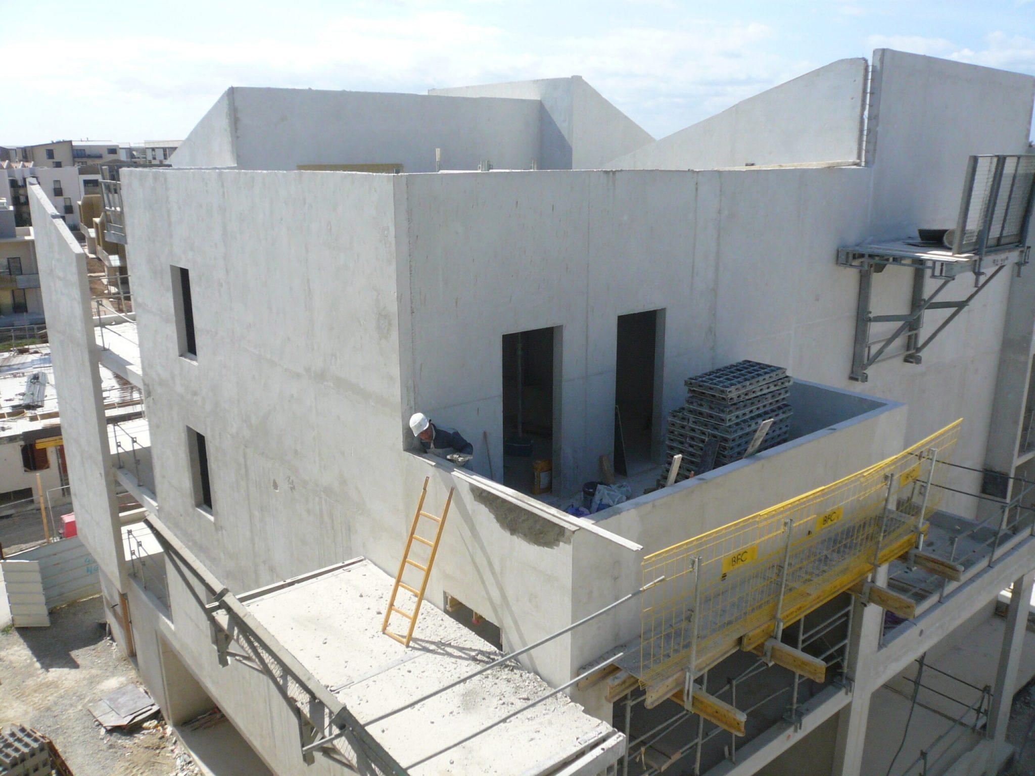 Construction extérieure de la résidence East Village sur St Jean de Vedas